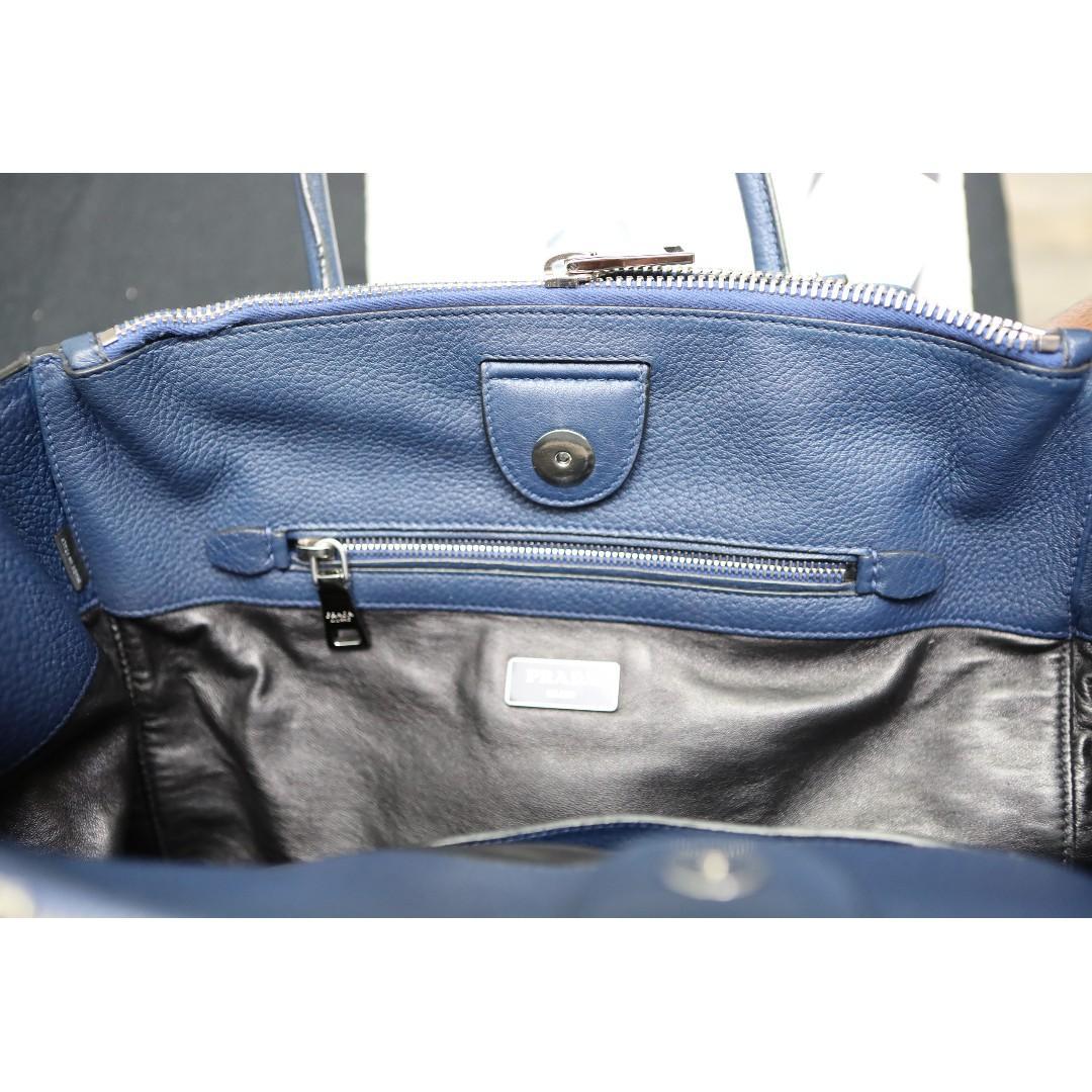Authentic Prada Leather Saffiano Tote Hand Bag w/ Receipt