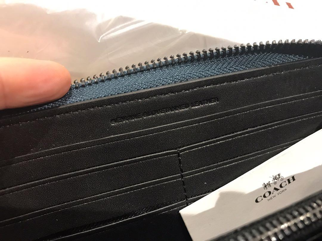Brand new coach flower wallet in original wrapping