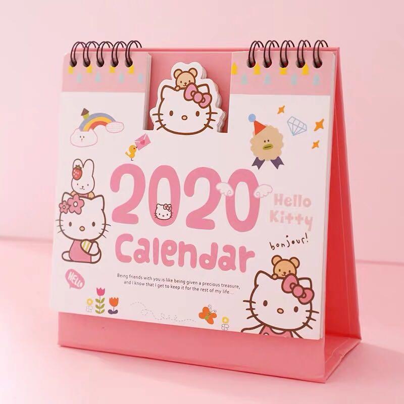 Calendario Snoopy 2020.Hello Kitty 2020 Desktop Calendar Books Stationery