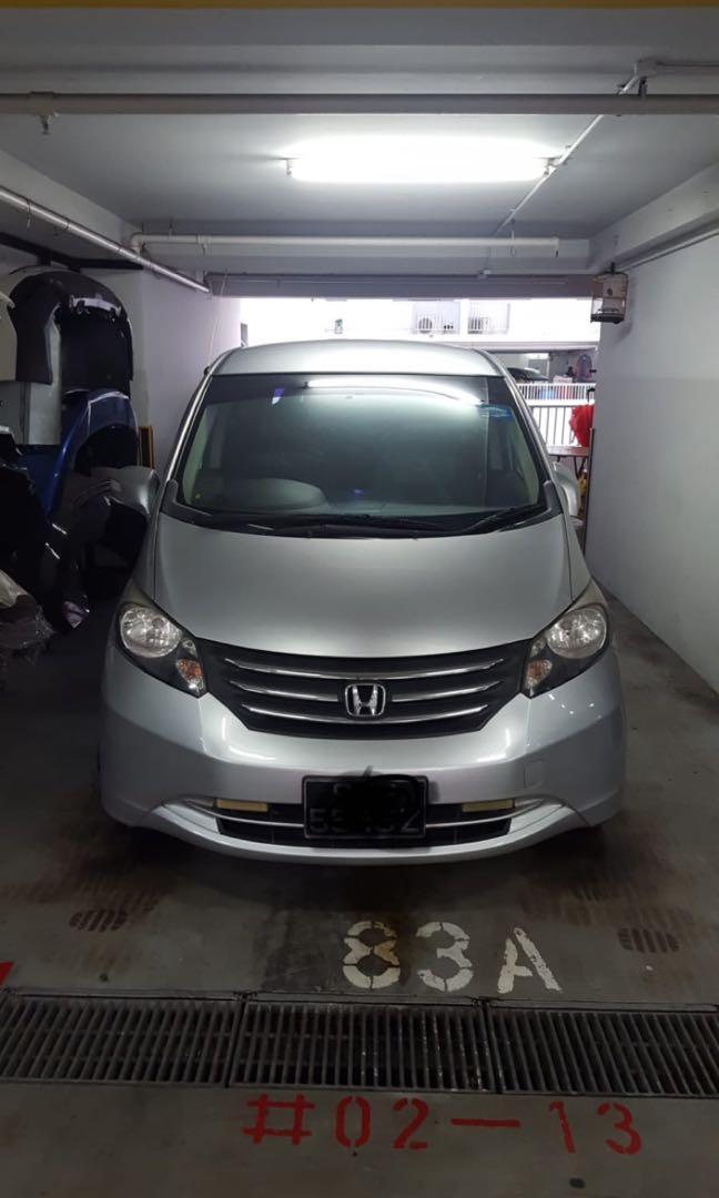 Honda Freed for Grab/Gojek. 7 seater car.