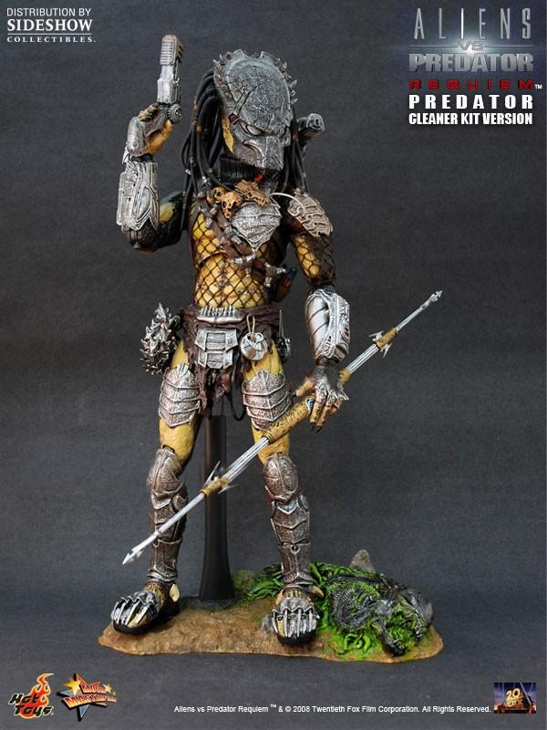 Hot Toys Wolf Predator Cleaner Kit 1/6 scale figure