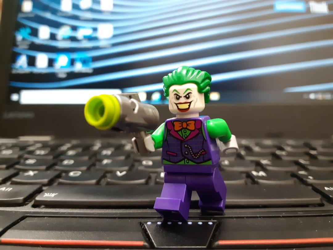 LEGO 76119 DC SUPER HEROES: BATMAN II - Joker, Toys & Games