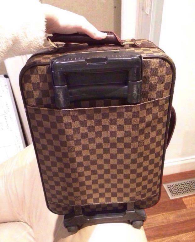 Louis Vuitton Taïga Pegase 55 grizzly carry on rolling suitcase