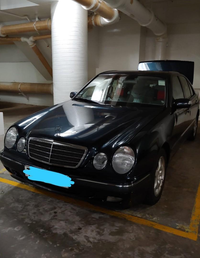 MERCEDES-BENZ E240 2000