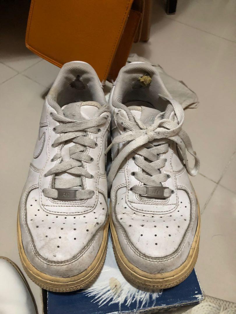 Nike Air Force 白色