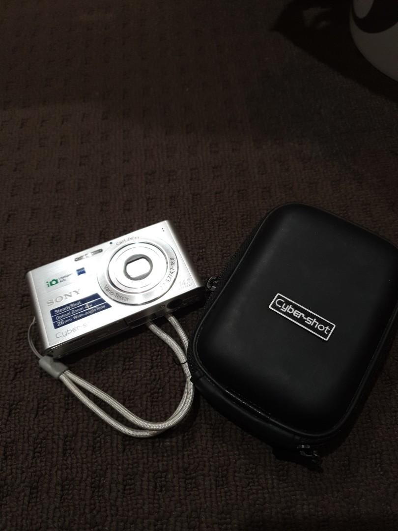 Preloved sony cyber shot camera