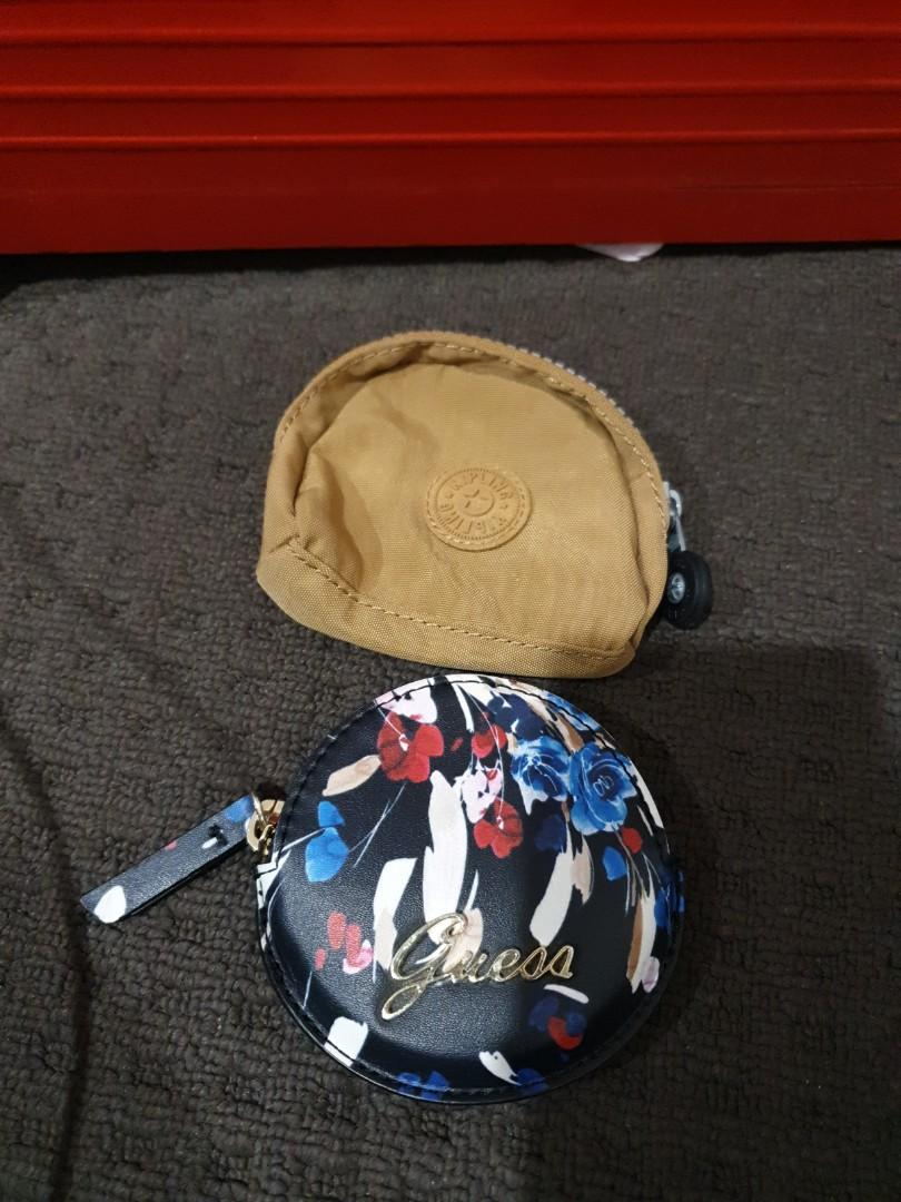 Preowned coin pouch