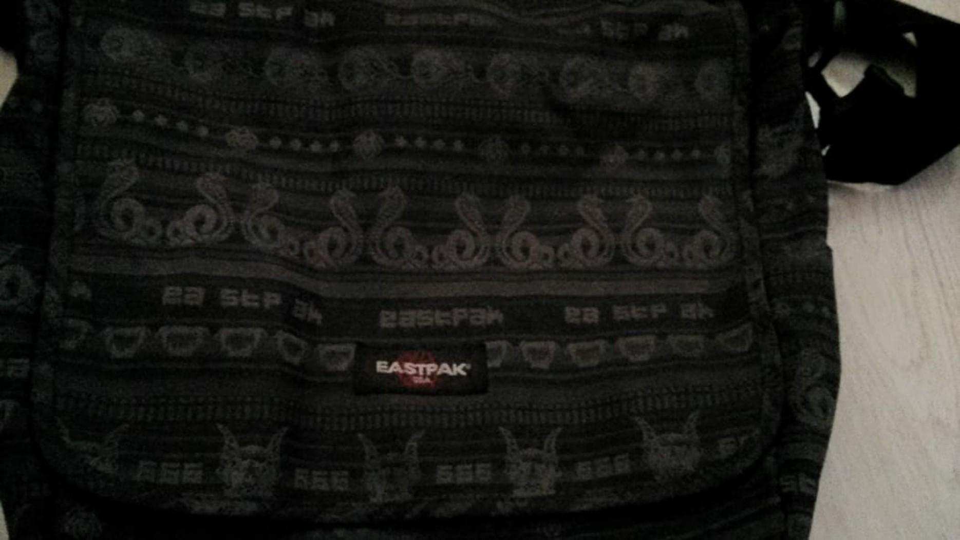 Sling Bag eastpak navajo