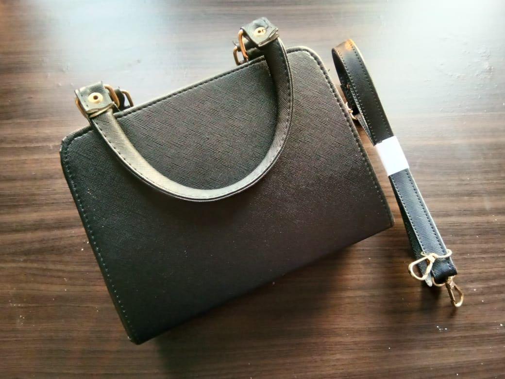 Tas cewek black import bkk ( sling bag and handbag) TURUN HARGA!!!
