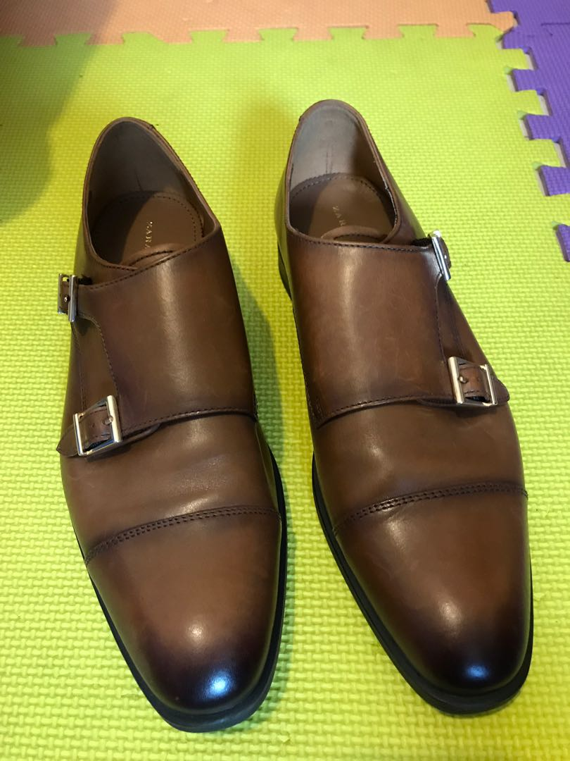 Zara man leather shoes for sale! Low