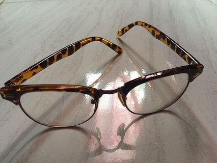 Frame Kacamata Hugo Boss
