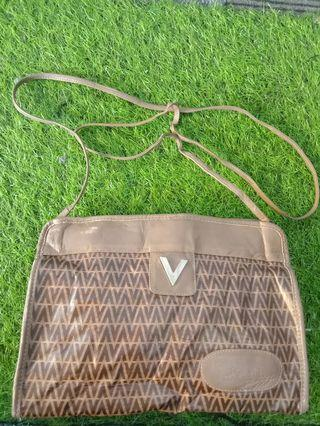 Ventino sling bag