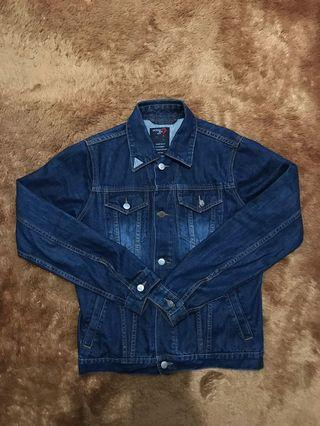 Jaket Jeans Guess Size S! Bukan levis nudie sage aye!