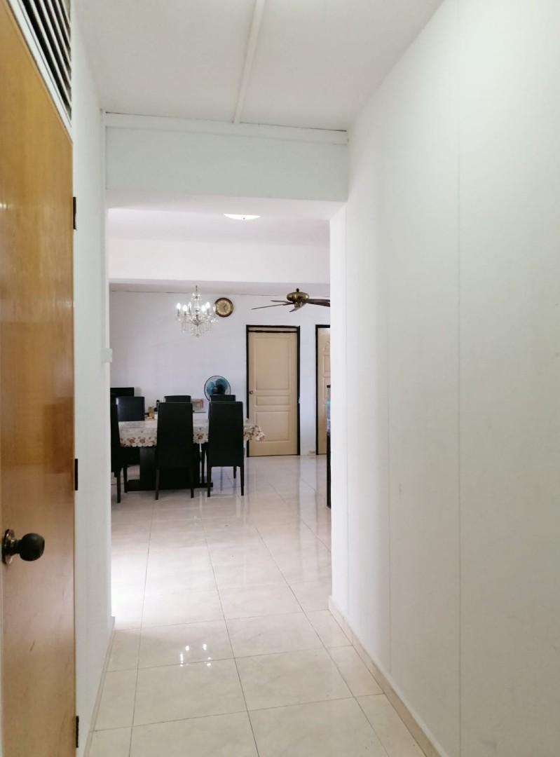 492b Tampines Avenue 9