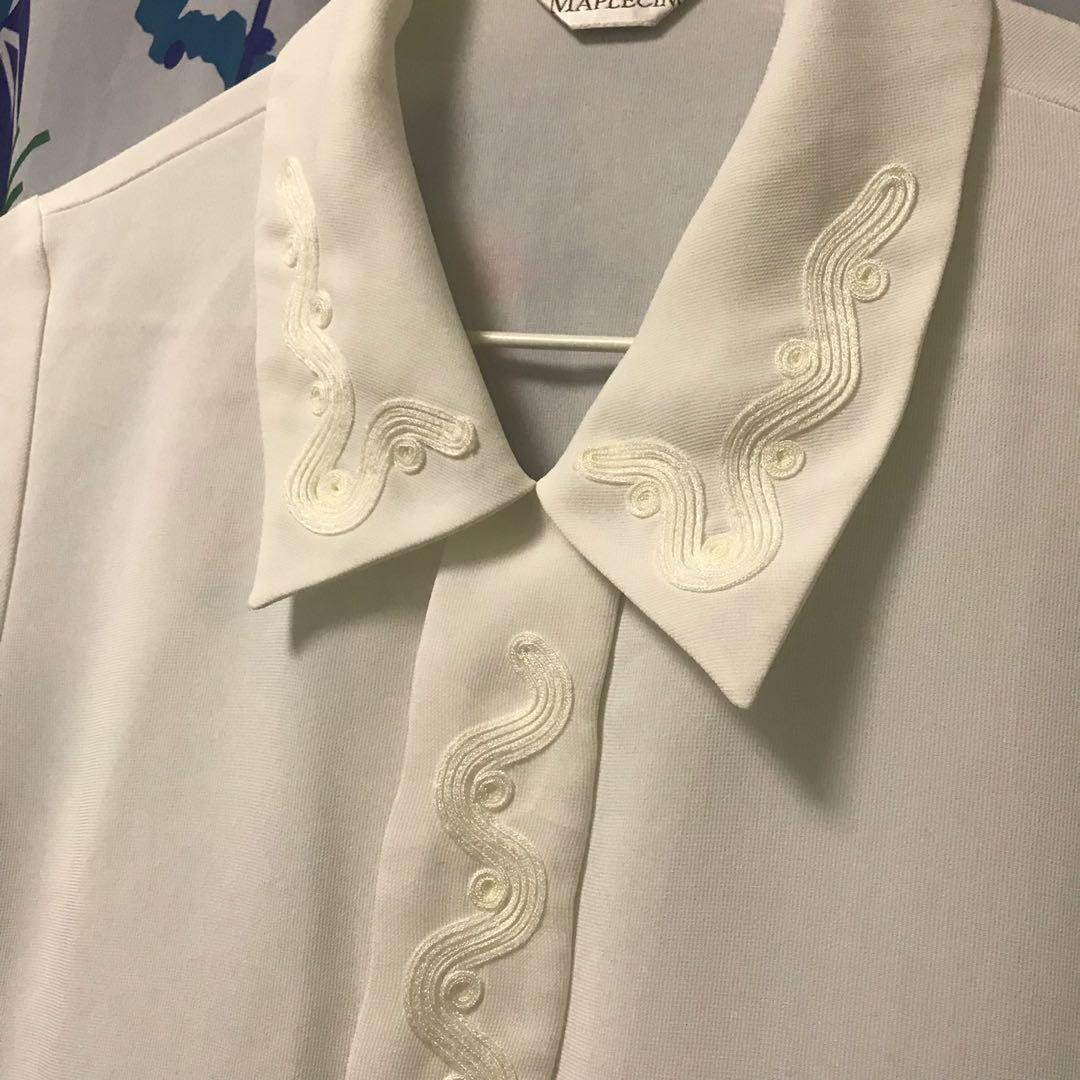 白色雪紡襯衫