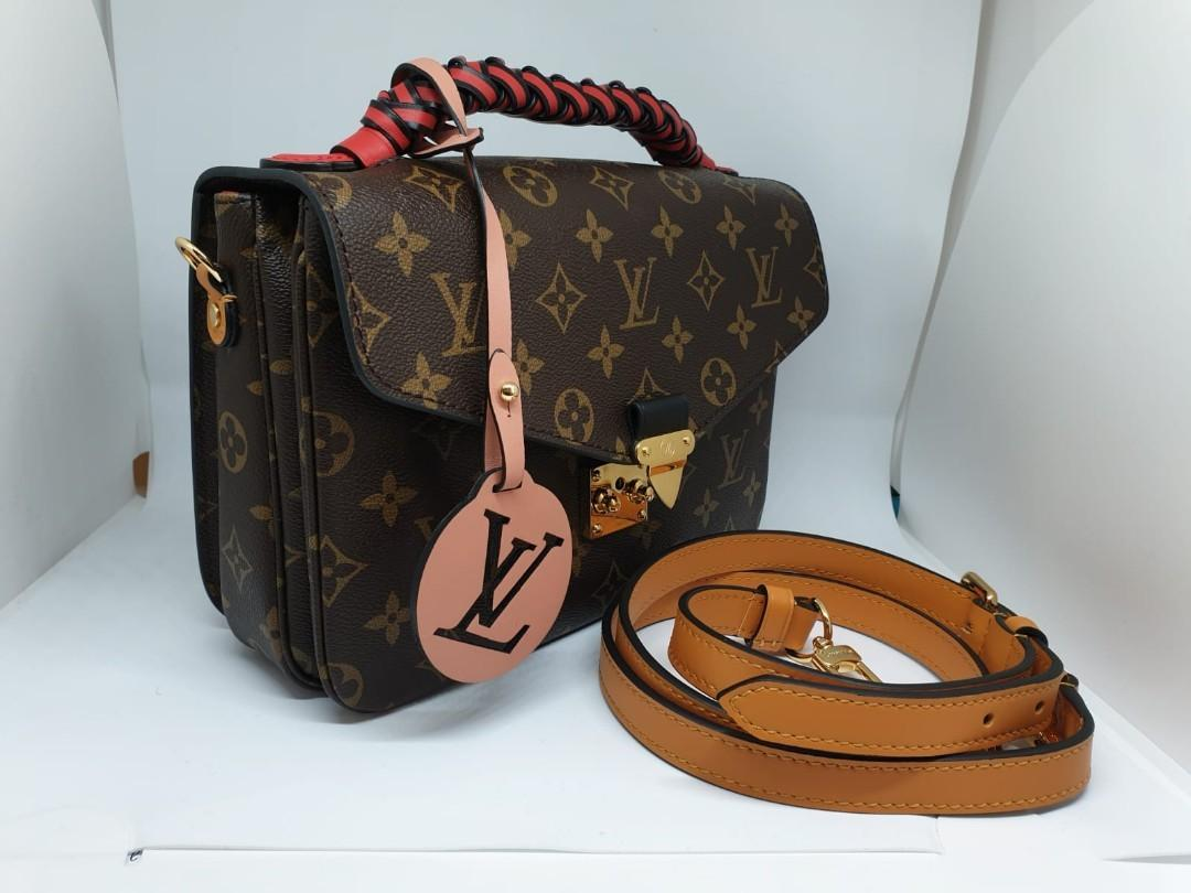 Louis Vuitton Pochete Metis Braided