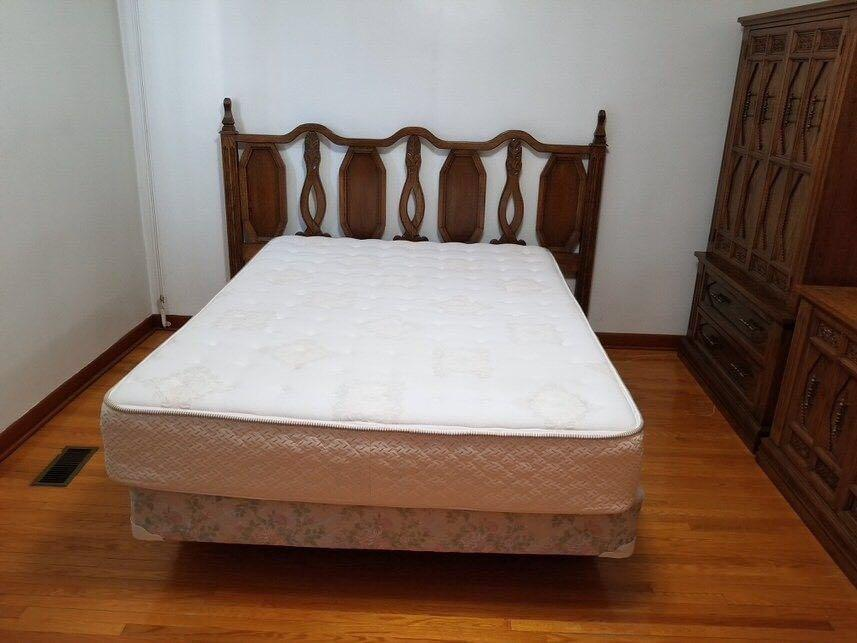 Solid Oak Queen Bed, Mattress, Wardrobe, Dresser and 2 End Tables