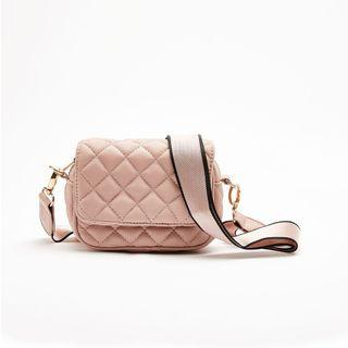 Bershka全新附標✨粉色菱格紋 單肩 斜背 側背 包