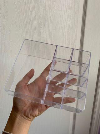 Clear makeup storage container