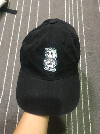 WOI 黑老帽