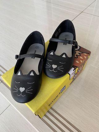 Sepatu Anak Smart Fit