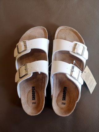 韓國帶回✨Shoopen全新附標 白色 涼鞋 拖鞋 休閒鞋
