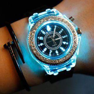 🚚 Luminous rhinestone led watch fashion couple silicone light