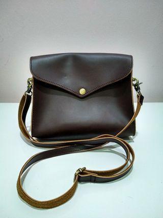 Vintage Inspired Crossbody bag
