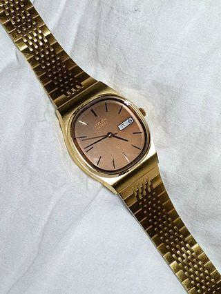 日本原裝星辰CITIZEN防水石英錶,精品設計款,錶帶殼皆屬不鏽鋼材質,僅此一只,值得收藏!