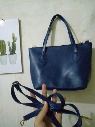 Blue navy slingbag