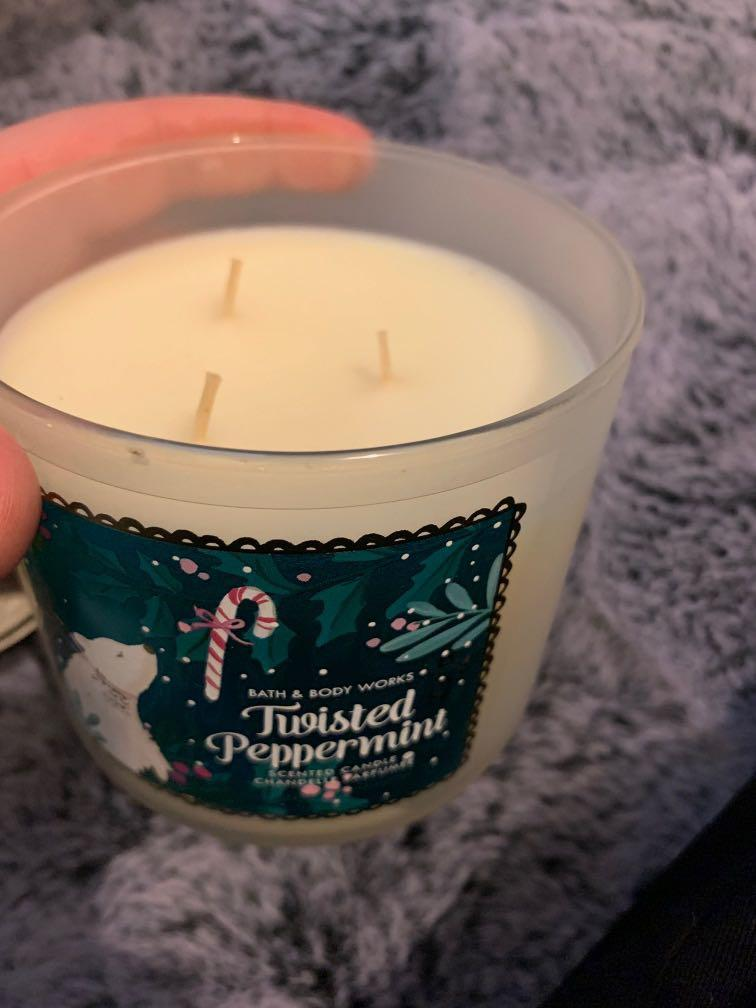 Bath and Body Works 3 wick Candle - Twisted Peppermint