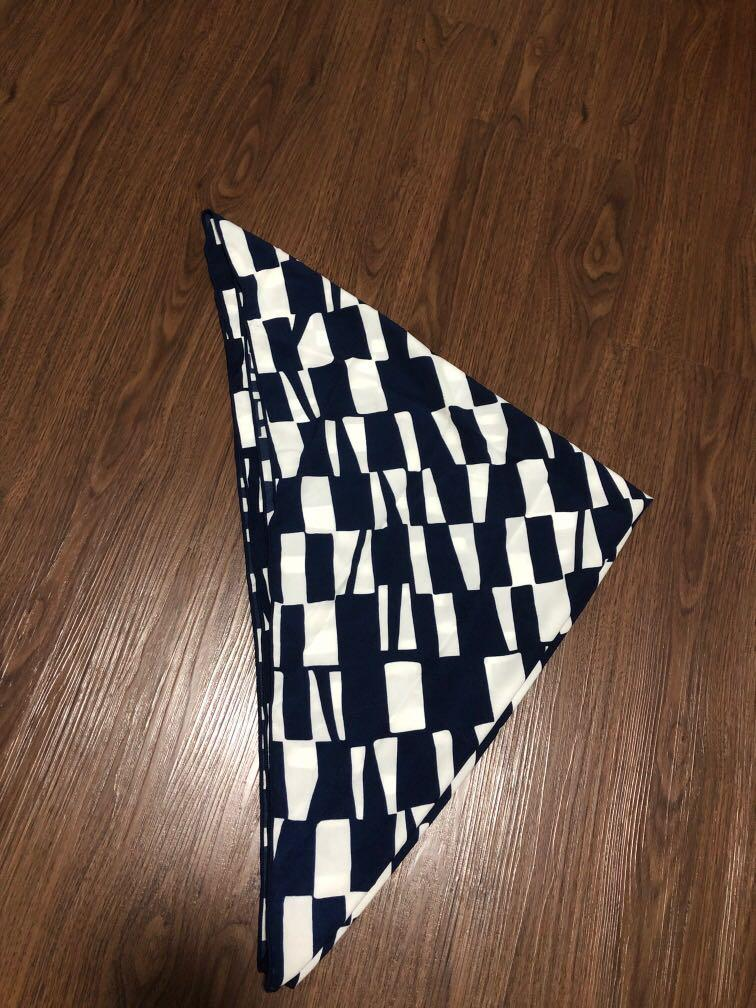 Blue n white scarve