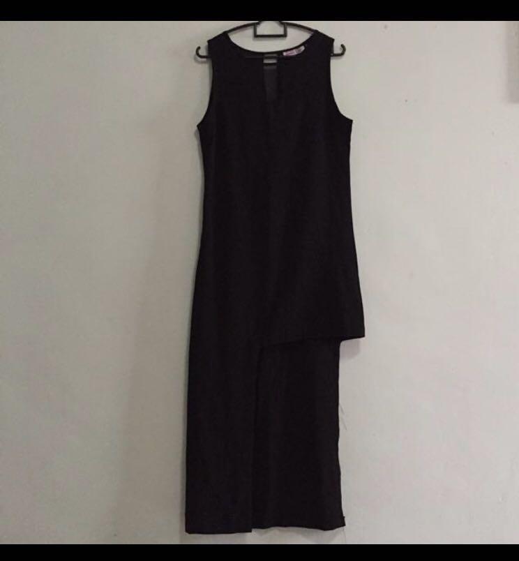 BNWT Womens Size 8,10 Black Off The Shoulder Asymmetrical Cocktail Maxi Dress