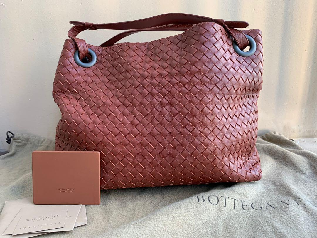 Authentic Bottega Veneta Medium Garda Bag