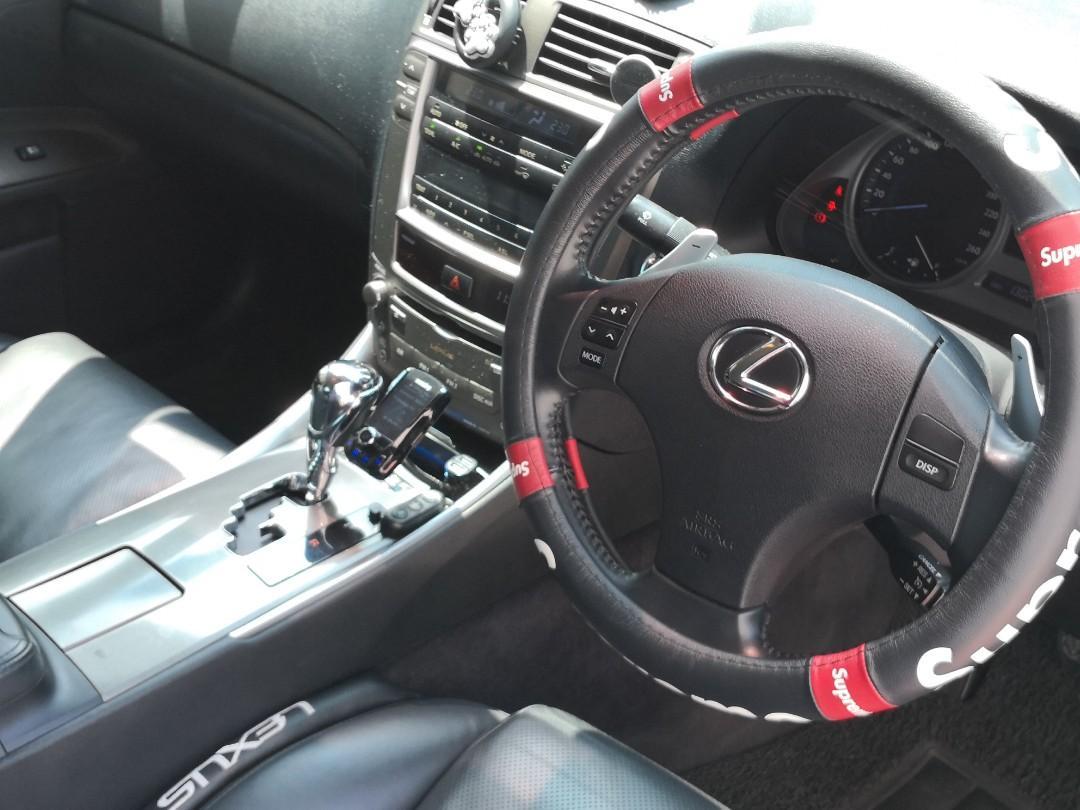 Lexus 250 Standard Auto