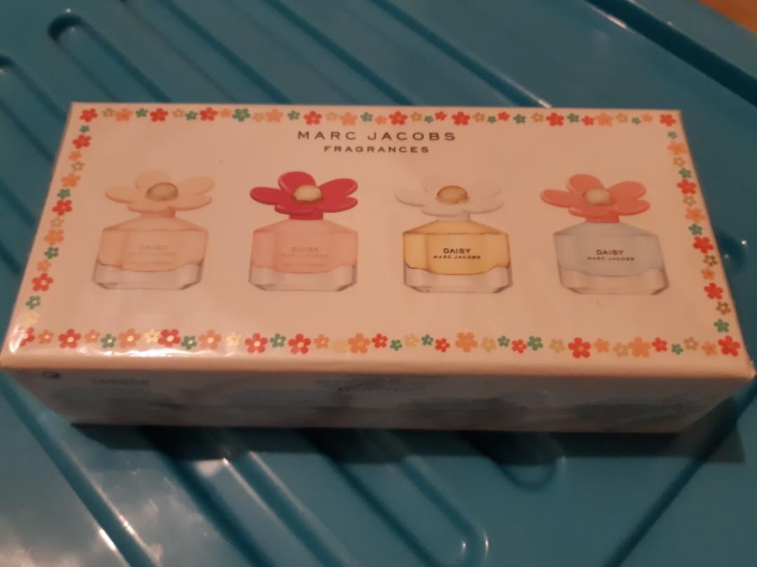 Marc Jacobs Daisy Perfume Set