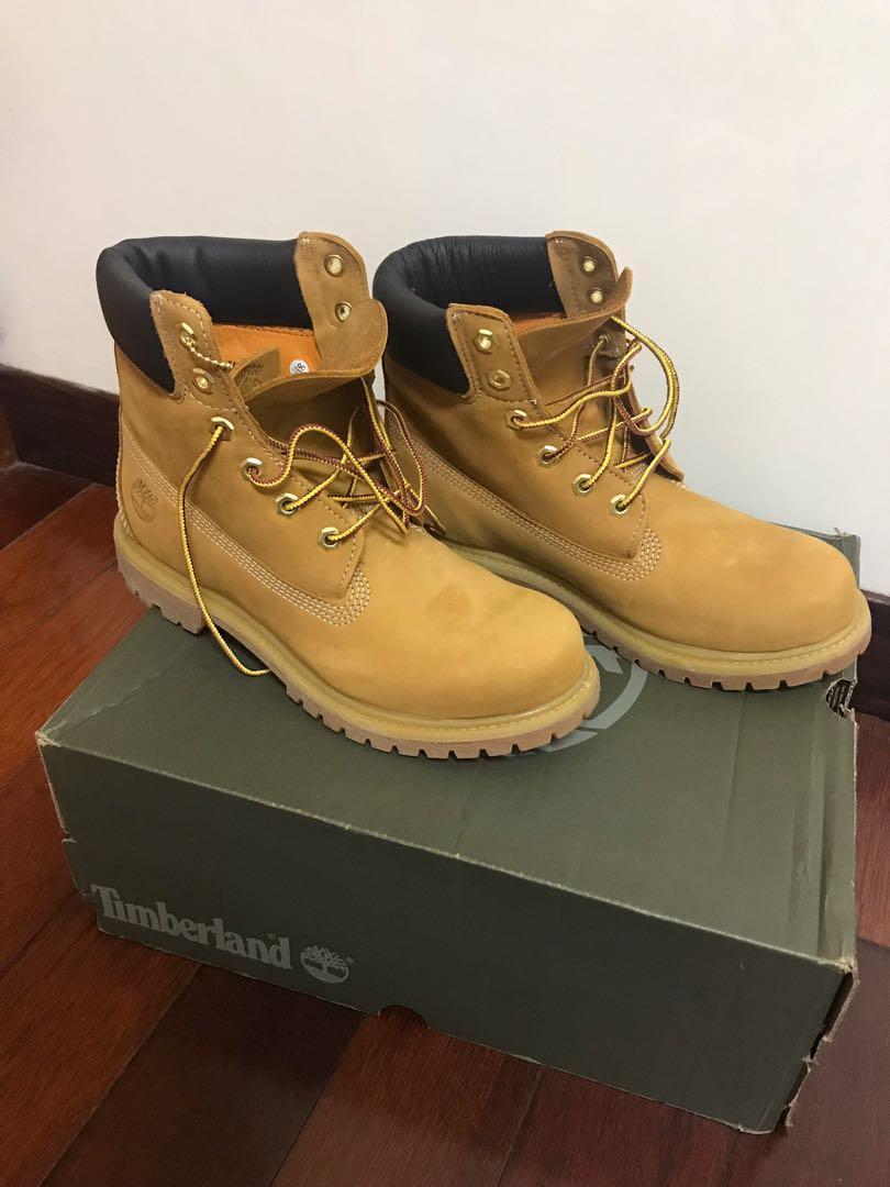 Timberland 6吋 經典黃靴