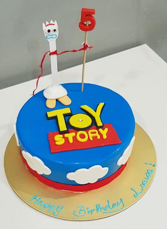 Amazing Toy Story Birthday Cake Food Drinks Baked Goods On Carousell Personalised Birthday Cards Rectzonderlifede