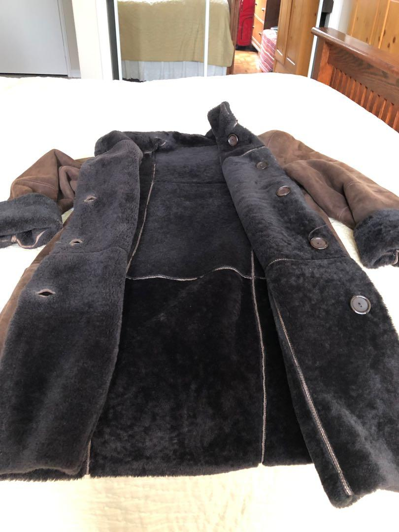Women's Genuine Brown Shearling 3/4  Coat  Size Small