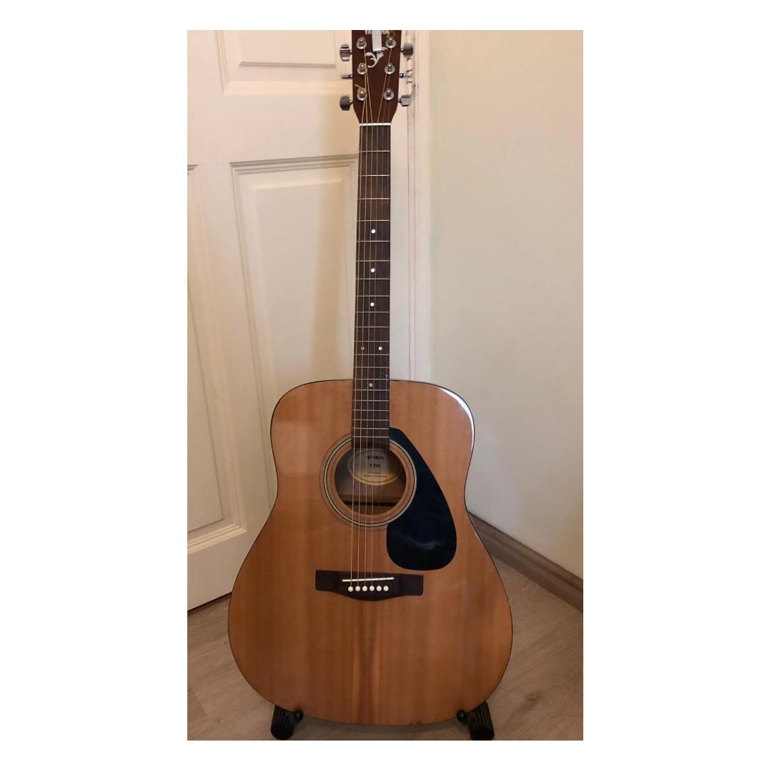 Yamaha F310 Acoustic Guitar seldom used - recently changed strings