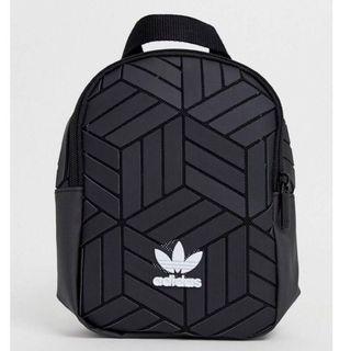 adidas Mini 3D 愛迪達 背包 側背包 包包 小後背包 化妝包 三宅一生 正品 粉色 粉紅 藕色 黑色 立體