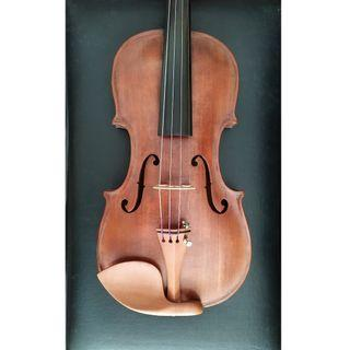 Old Hopf Violin with ivory pegs