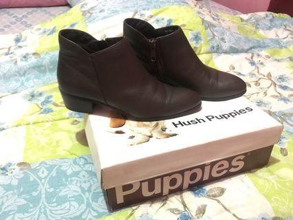 Sepatu boots hush puppies