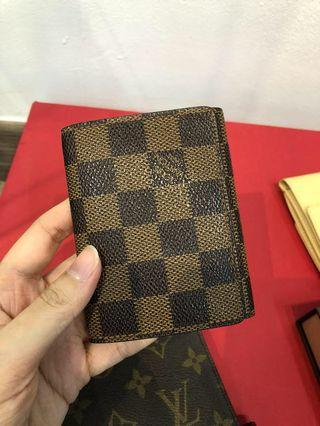 100% authentic LV Card Holder - like new!