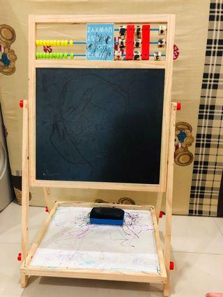 🚚 Multifunctional double-sided drawing board