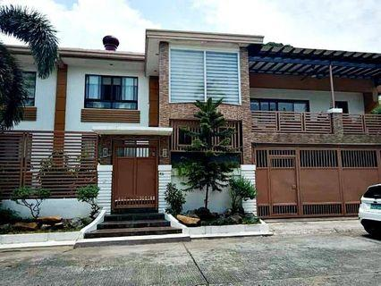6 Bedrooms House and Lot FOR SALE in BF Paranaque