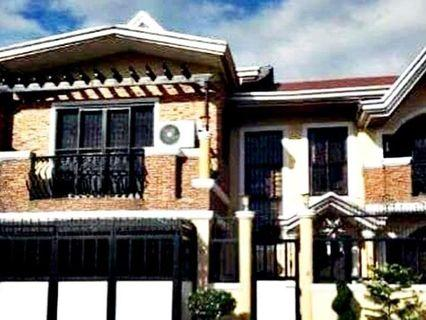 4 Bedrooms House and Lot FOR SALE in BF Resort Las Pinas