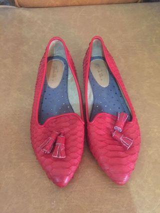 Pla shoes