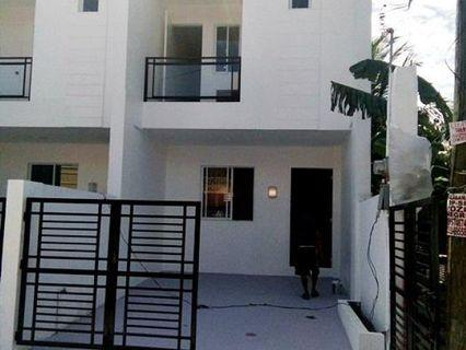 3 Bedrooms House and Lot FOR SALE in Moonwalk Las Pinas