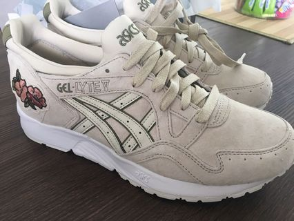 finest selection b437b b9b17 asics gel lyte v | Sports | Carousell Singapore